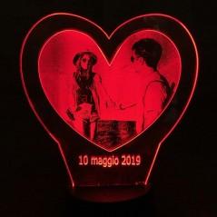 Lampada led personalizzata con la tua foto su plexiglass fotoincisione cuore