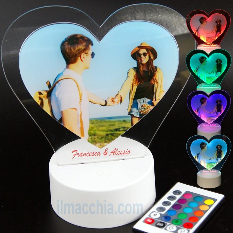 Lampada led con foto e incisione personalizzata cuore San Valentino